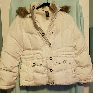 Gently usedNew York & Company puffer coat with fur